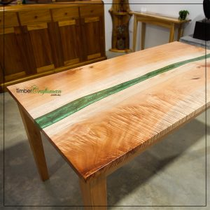 custom-designed-handcrafted-queensland-maple-dining-table-by-david-suters-timbercraftsman